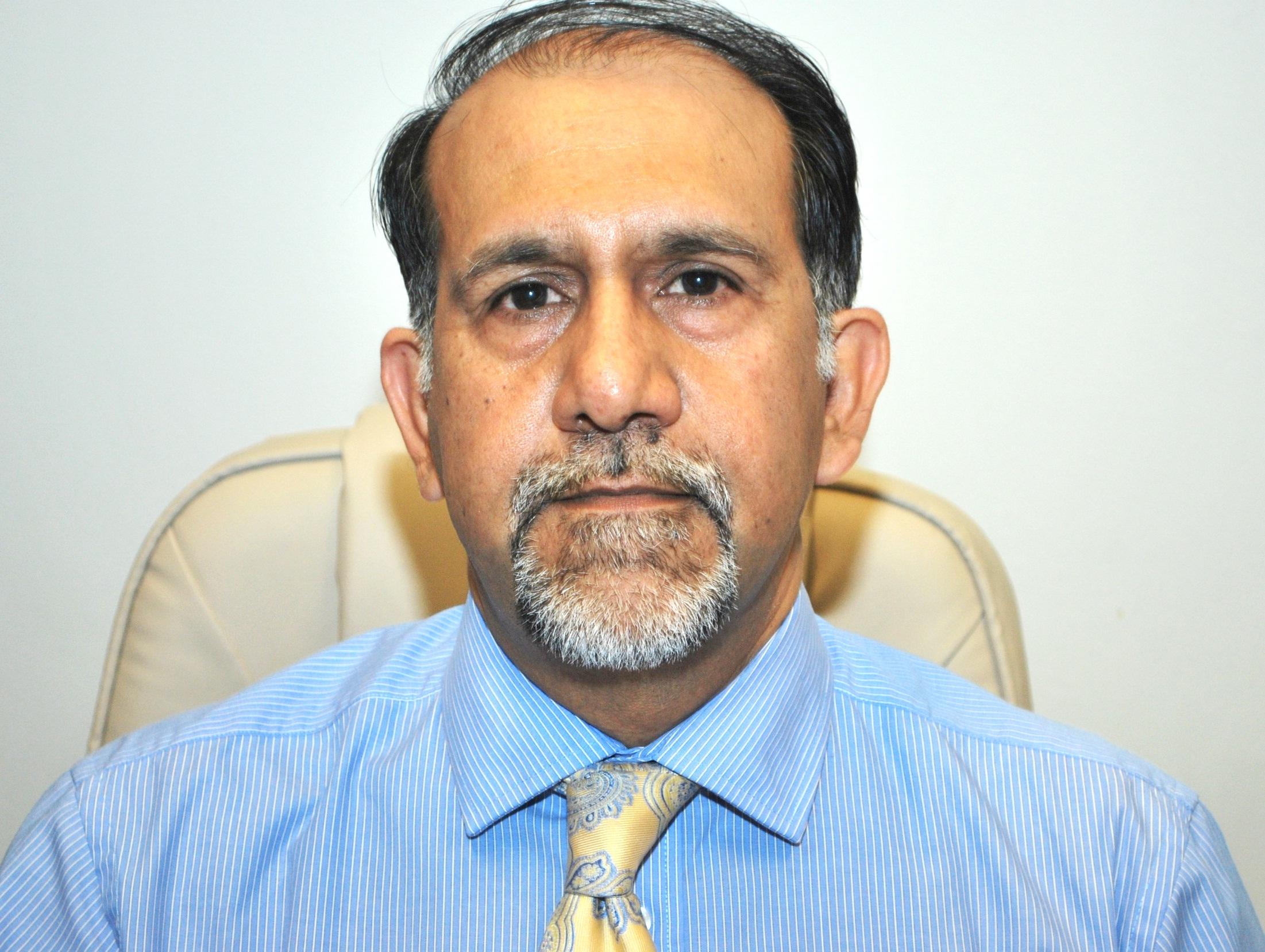 Mamoon Rashid Best Cosmetic Surgeon In Pakistan