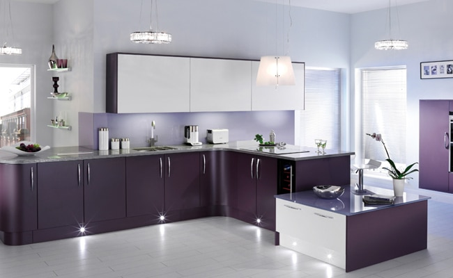 Latest kitchen cabinet design in pakistan for Kitchen design in lahore pakistan