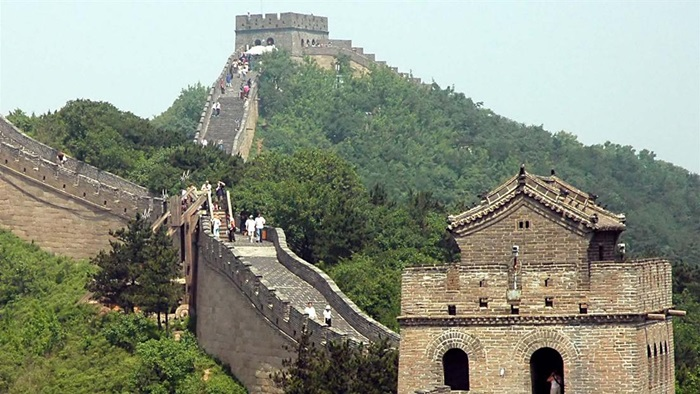 Wonder Of The World Information In Urdu Wall of China