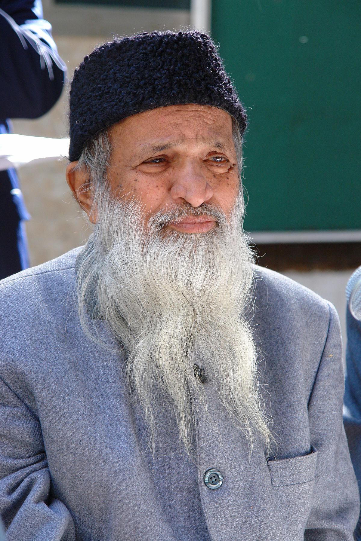 Abdul Sattar Edhi Biography