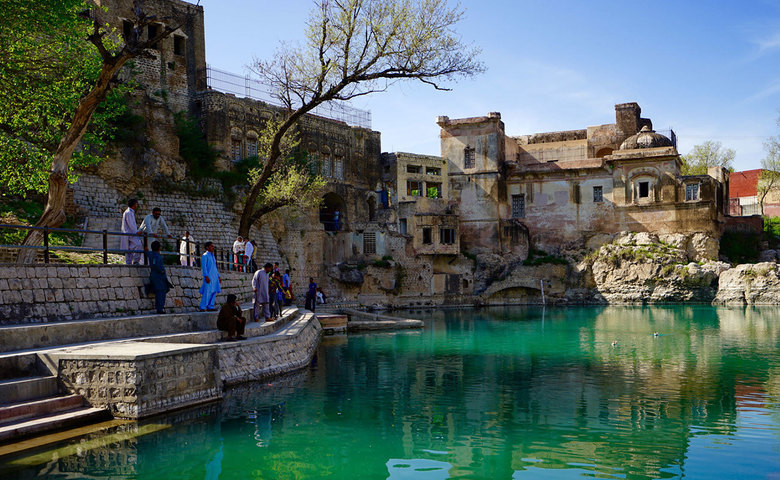 History of Katas Raj Temple In Pakistan Distance From Lahore, Location