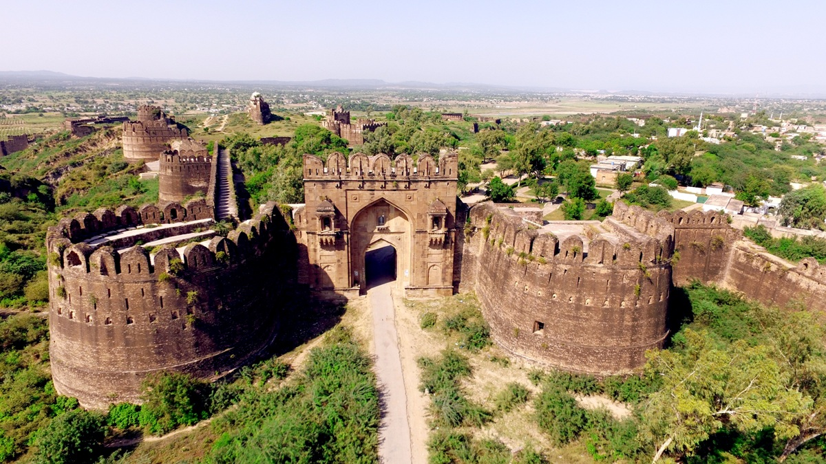 Best Visiting Places In Pakistan In Summer Vacations Rohtas Fort