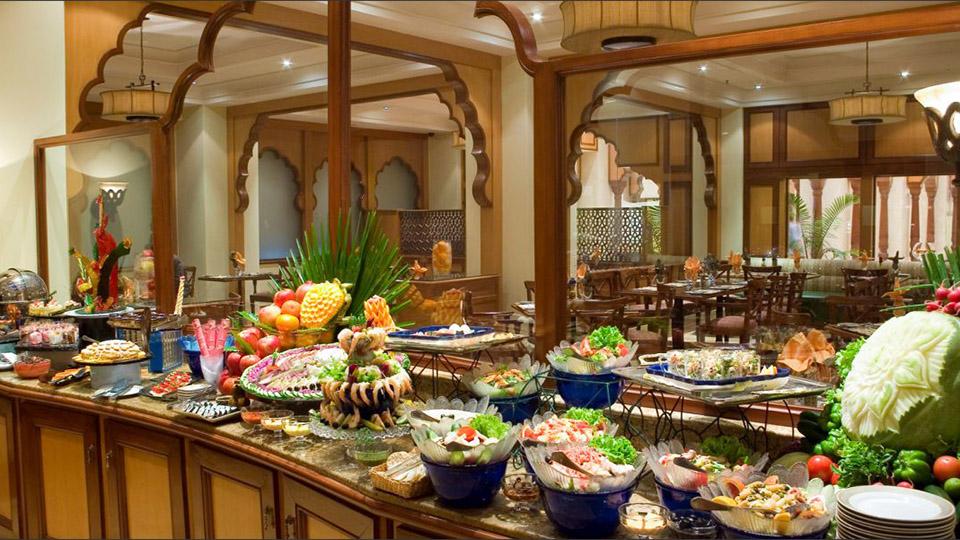 Best Restaurants In Lahore For Breakfast, Dinner, Lunch